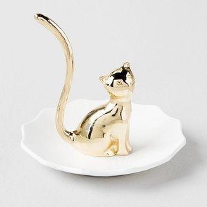 GOLD CAT RING HOLDER